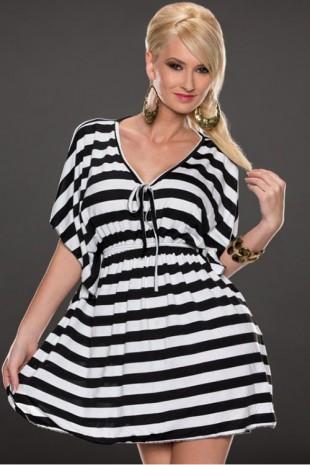 Bílo černá pruhovaná letní tunika s netopýřím rukávem
