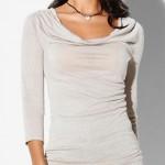 Elegantní triko/tunika od značky KissMe s výstřihem ve stylu vodopád