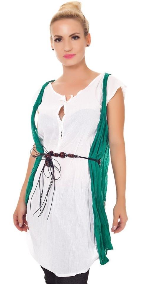 Bílá dlouhá tunika s opaskem a zelenou vestou