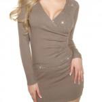 Úpletová tunika nebo minišaty zavinovacího vzhledu