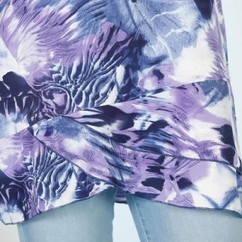 Asymetrický spodní lem tuniky