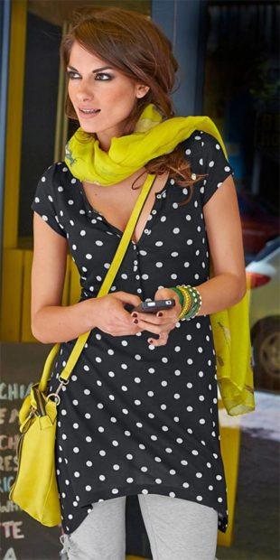 Puntíkované dámské halenkové šaty