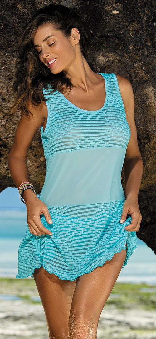 Úchvatná plážová tunika přes plavky
