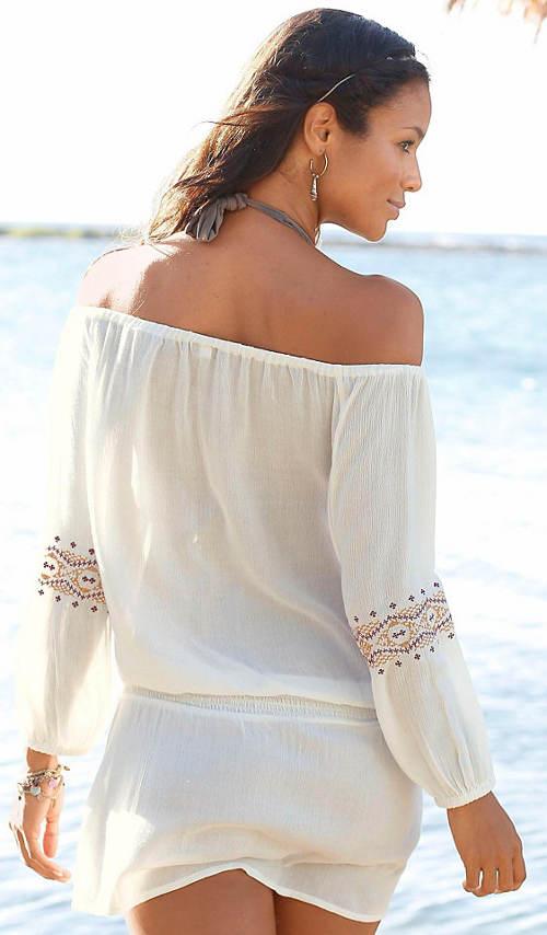 Lehounké šaty k moři