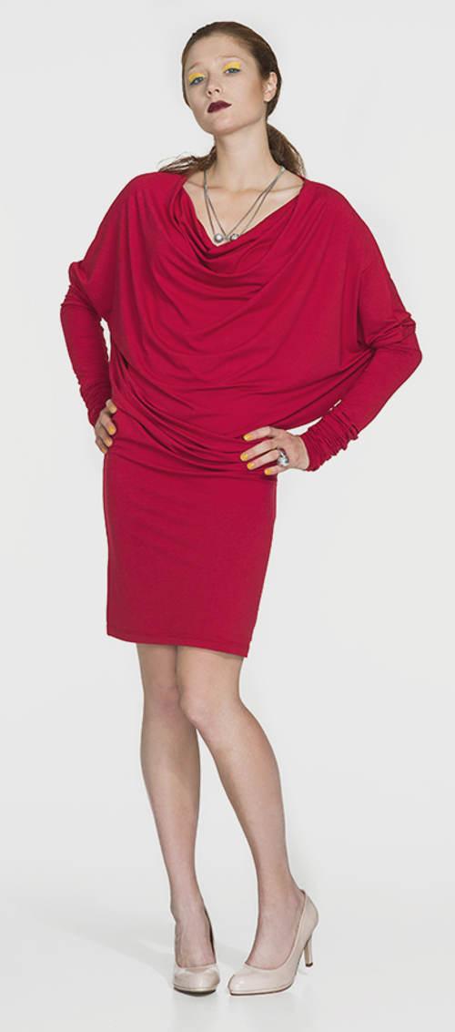 Červené tunikové šaty s nekonečným rukávem