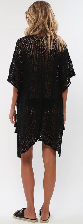Vzdušné černé plážové šaty