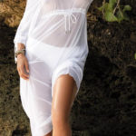Dlouhá bílá plážová tunika