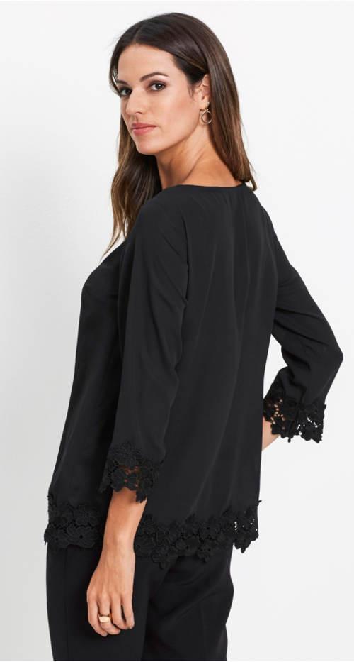 Jednobarevná černá tunika s krajkou
