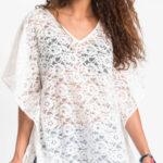 Bílá letní krajková tunika