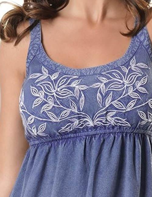 Letní džínové šaty s květinovu výšivkou