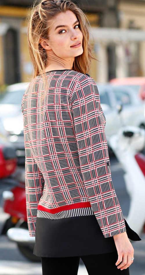 Prodloužená vícebarevná dámská tunika s kostičkovým vzorem