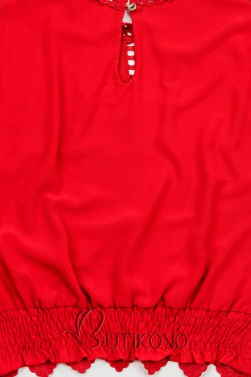 Červená halenka s rukávy ukončenými gumou