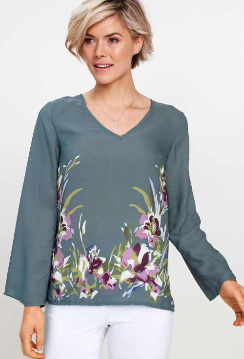 Eukalyptově zelená halenka s květinovým potiskem