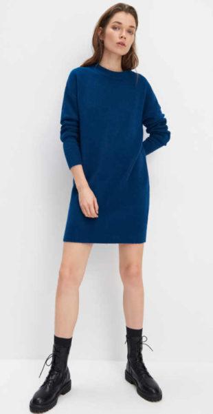 Módní tunika z pleteniny v jednoduchém střihu v modrém provedení