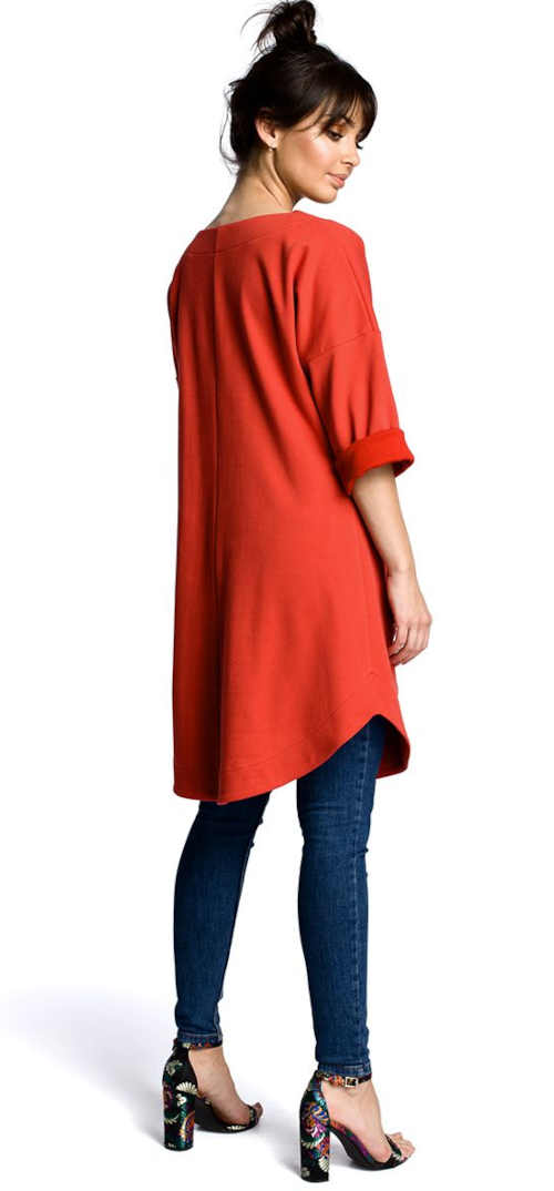 červená tunika s kapsami