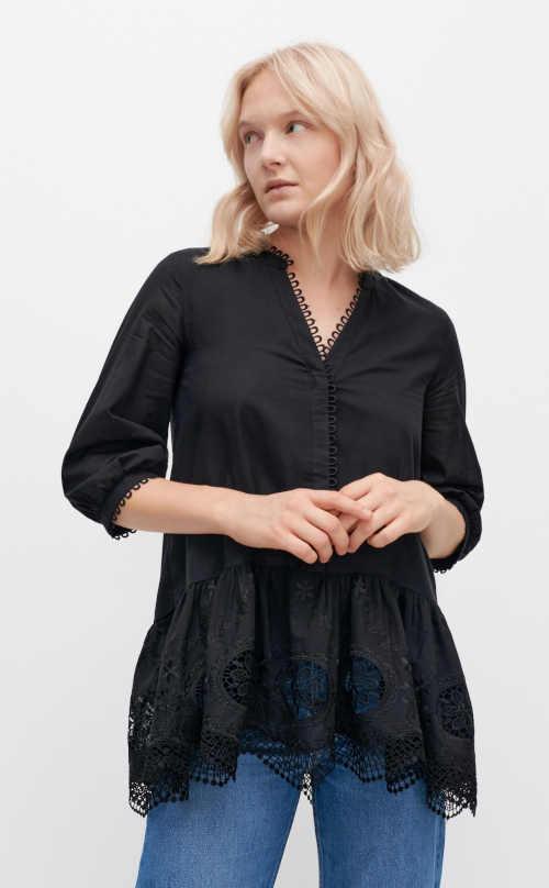 dámská černá tunika s krajkou