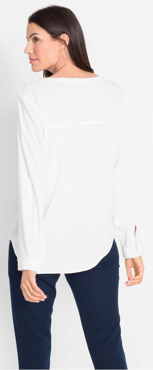 Jednobarevná bílá dámská tunika s dlouhými rukávy