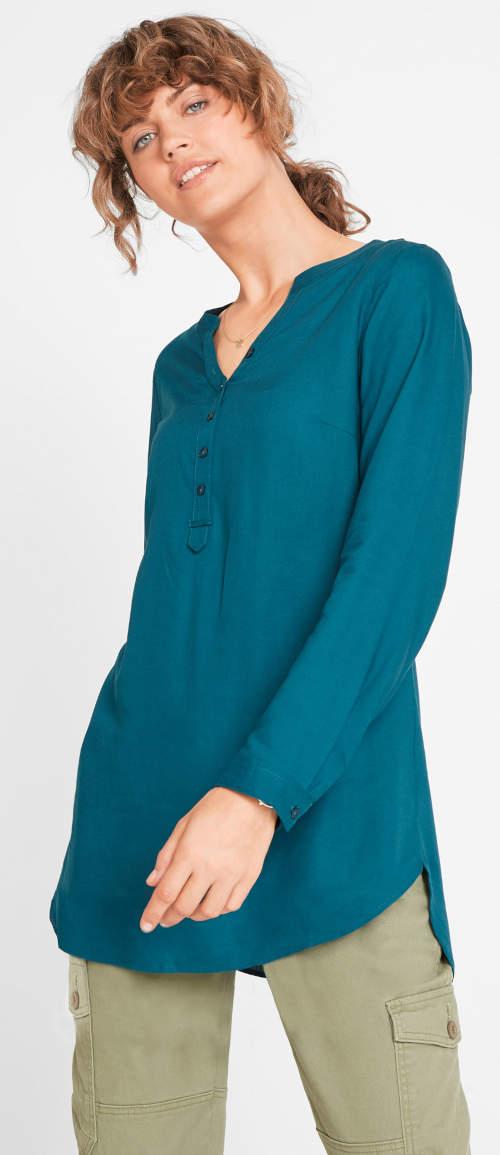 Pohodlná tuniková halenka zeleno modré barevné provedení